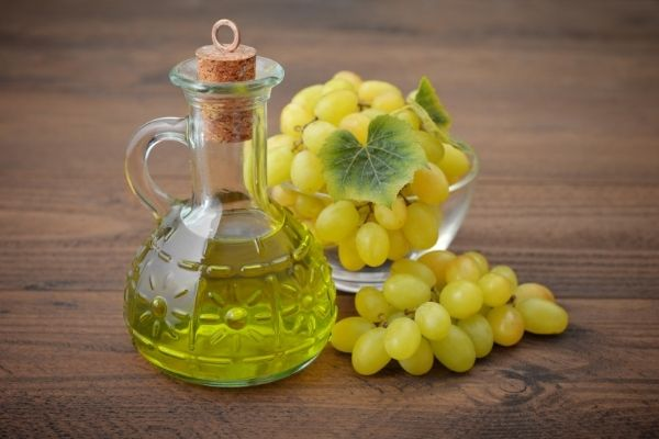 grapeseed oil vs jojoba oil
